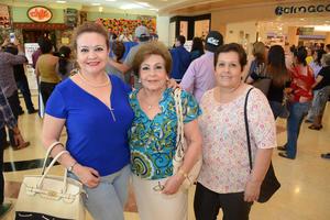 28052016 Adriana, Mary y Chiquis.