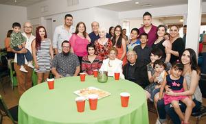 01052016 PARTICIPAN EN CARRERA.  Wendy, Felipe, Karla y Javier.