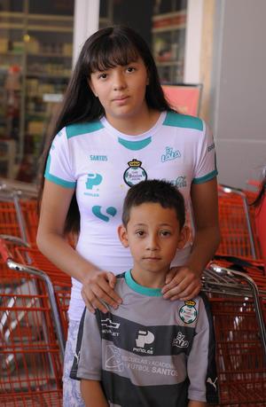 08052016 FIRMA DE AUTóGRAFOS.  Jesmy y Osvaldo.