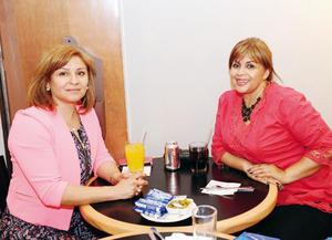01052016 AMIGAS.  Rosa Estela y Leticia.