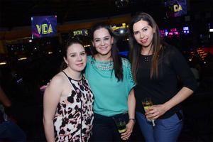 24052016 Daniela, Alejandra y Julia.