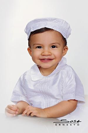 08052016 El pequeño José, captado por la lente de Studio Ernesto Sosa.