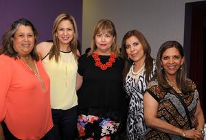 22052016 ENTRE AMIGAS.  Elena, Gaby, Gina, Lorena y Pily.