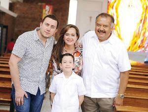 01052016 Paul, Erick, Erika y Antonio.