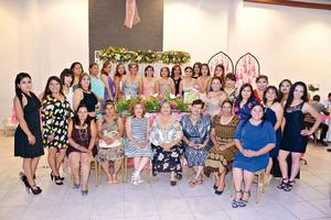 08052016 Amigos y familiares de la Familia Villalobos Mora.
