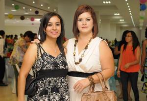 21052016 BUENOS MOMENTOS.  Iveth y Liliana.