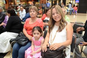 04052016 Mica, Galy y Alicia.