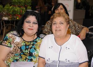 18052016 Lupita y Angelina.