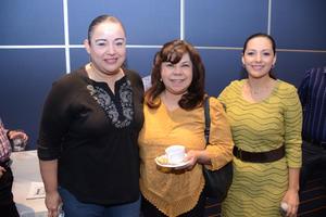 25052016 Mariam, Dulce, Brenda y Mayra.