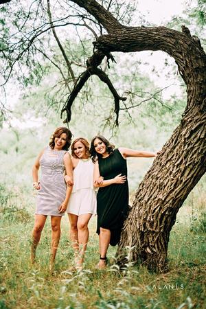 22052016 Carolina Escárcega, Eva Salazar y Maribel Jaramillo.- Alanís Fotografía
