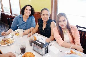 15052016 Mónica, Marlen y Fernanda.