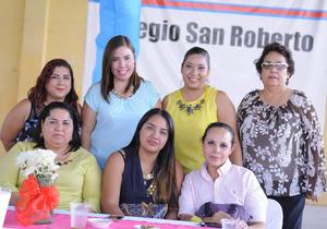 13052016 Paty, Elvira, Sofía, Oly, Mónica, Dulce y Elizabeth.