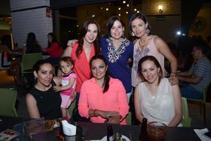 13052016 AMIGAS SE REúNEN.  Valeria, Rosetta, Liliana, Leticia, María, Claudia y Maribel disfrutaron de su agradable compañía.