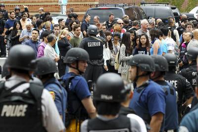 Alarma y conmoción internacional causó un tiroteo en el campus de la Universidad de California, en Los Ángeles.