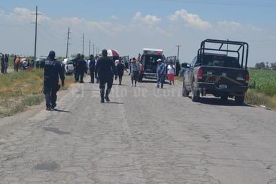 En el lugar se dieron cita los agentes de la Fuerza Coahuila, quienes al ver la magnitud del accidente..