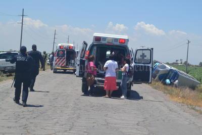 En el camión que iba en dirección de Matamoros a Torreón, viajaban por lo menos 42 personas.