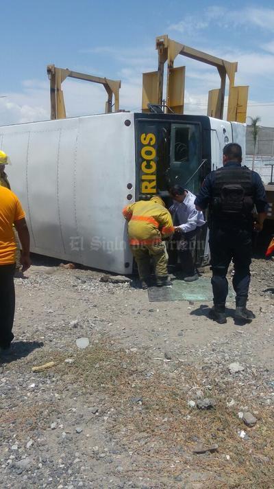 El accidente dejó una persona fallecida y 8 lesionados.