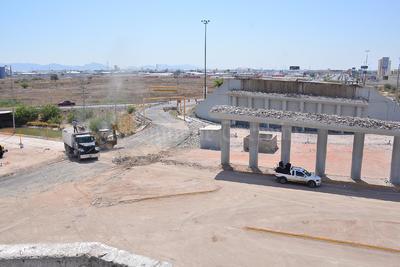 Actualmente sólo quedaron en pie las columnas y sus cimentaciones las cuales serán el soporte para la nueva construcción.