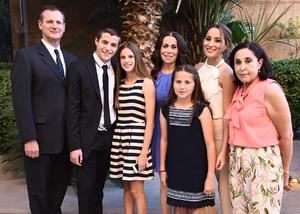 Alejandro, Ale, Alejandra, Vero, Paulina, Margarita y Pamela
