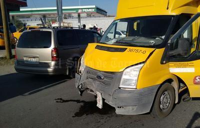 En el accidente participaron tres vehículos.