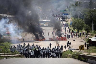 Argumentó que las utilizaron luego de que se percataron que del lado de los manifestantes había personas armadas.