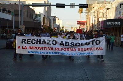 Maestros de Torreón, Gómez Palacio y Lerdo manifestaron su rechazo hacia la reforma educativa.