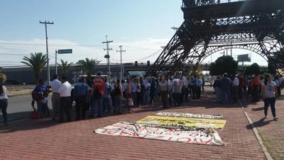 El contingente partió de la Torre Eiffel de Gómez Palacio.