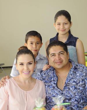 28062016 Isaac, Marijose, Rebeca y Roberto.