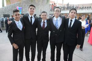 04072016 Leonardo, Manuel, Enrique, Víctor y Jonathan.