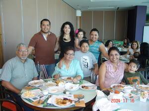 05072016 Familia Borroel García.