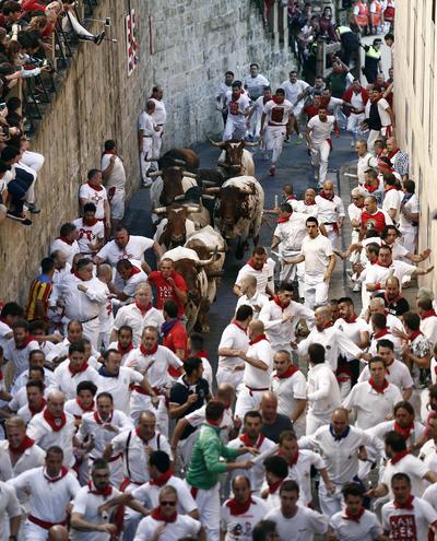 Los encierros son parte intrínseca de los festines veraniegos en toda España. Cada año decenas de personas resultan lastimados, la mayoría al caer mientras corren.