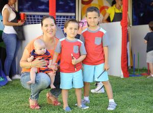 Norma, Anhuar, Camilo y Jorge
