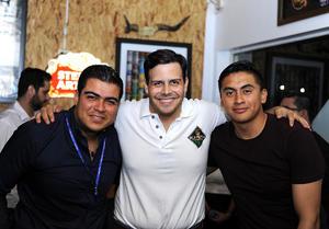 Antonio, Gustavo y Manuel