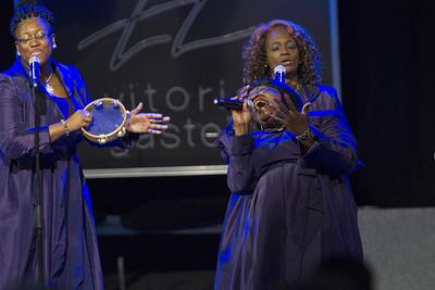 Vitoria 12/7/2016.- El cuadragésimo Festival de Jazz de Vitoria-Gasteiz ha comenzado esta noche con el tradicional concierto de Gospel de la mano del grupo de Chicago de Bryant Jones & The Victory Gospel Singers.