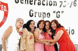 10072016 SE REúNEN.  Soledad Villegas, Mercedes Ibarra, Norma Lilia Herrera, Margarita Martínez y Beatriz Meza.