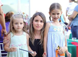 Lucía, Regina y Ximena