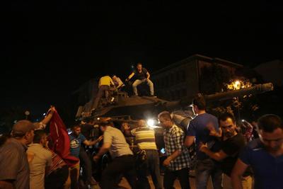 La situación ha propiciado el caos en las principales ciudades turcas.
