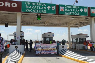 La movilización estuvo custodiada por elementos de Fuerza Coahuila.