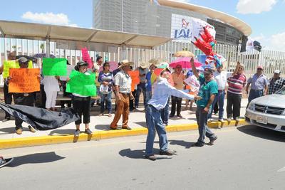Pidieron particularmente la renuncia del secretario de Educación Pública, Aurelio Nuño.