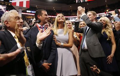 Los hijos de Donald Trump: Donald Trump Jr, Ivanka, Erick, y Tiffany,  celebran la designación oficial de su padre como el candidato por el Partido Republicano a la Casa Blanca