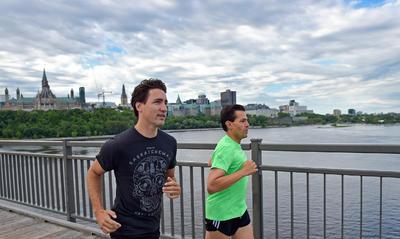 El mandatario salió a correr junto al primer ministro Justin Trudeau en su visita a Canadá.