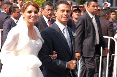 La boda se realizó mientras Peña Nieto se desempeñaba como gobernador del Estado de México.
