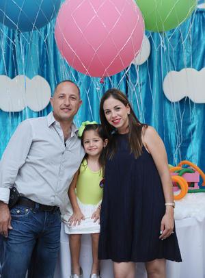 José, Sofía y Ana Lorena.jpg