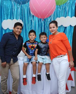 Pedro, Lucila, Fernando y Pedro Luis.jpg