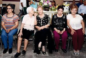 24072016 Antonieta Valadez, Margarita Noroña vda. de Rodríguez, Magda Venegas, Elizabeth Venegas y Juanita  Rodríguez.