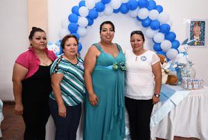 24072016 BABY SHOWER.  Mayra Denisse Gutiérrez Martínez con algunas de sus invitadas a la fiesta de canastilla que le organizó Alma Leticia Martínez de Gutiérrez.