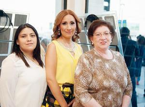 24072016 EN RECIENTE EVENTO.  Maricarmen, Cecilia y Esperanza.