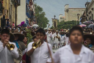 La música regional forma parte importante de este festejo.