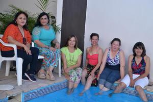 26072016 UN AñO MáS.  Peregrina celebró su cumpleaños en compañía de sus amigas, Lucy, Lourdes, Blanca, Gaby y Mayela.