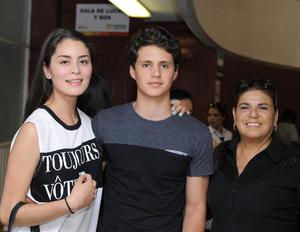 26072016 Joselyn, Carlos y Leda.